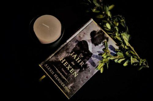 Cover Alexis Henderson: Das Jahr der Hexen. Foto: Festa Verlag
